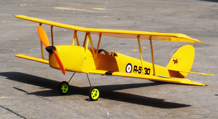 rc ww1 biplanes with 4breltimobir on LaDtSEBbYV4 as well Watch furthermore 4breltimobir together with Nieuport 10 biplane  RC model additionally Drone plane madness with canon.