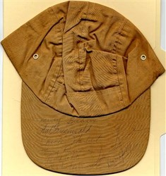 Golf hat handsigned by Sam Snead, Roberto DeVicenzo, Buck White, Chick Harbert, and others  - Panama Open in 1974