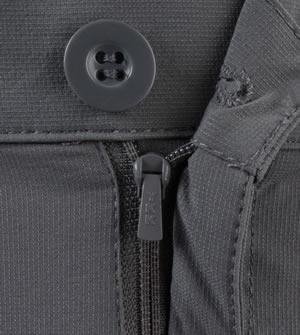 zipper fly on the cargo short