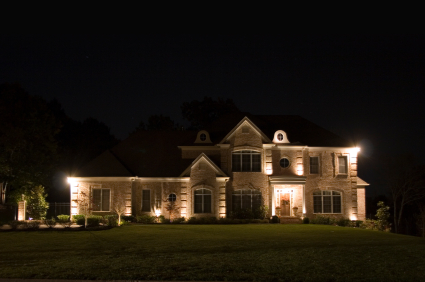 Outdoor home lighting guide how to light your home outdoors properly outdoor home lighting aloadofball Images