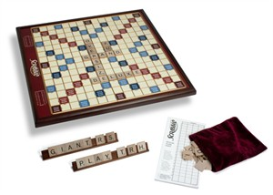 Giant Scrabble Deluxe Edition