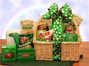 St. Pattie's Snacks Gift Basket