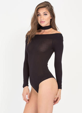 Off-Shoulder Show Choker Bodysuit