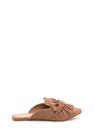 Bow Good Pointy Mule Flats