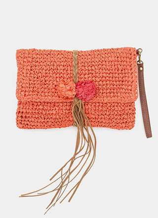 Boho Beautiful Straw Pom-Pom Clutch