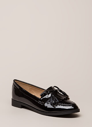 Bow-Getter Shiny Faux Patent Loafers