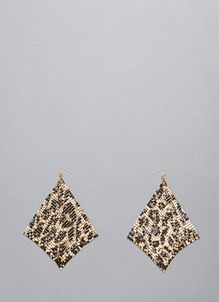 Shimmer Away Square Chainmail Earrings