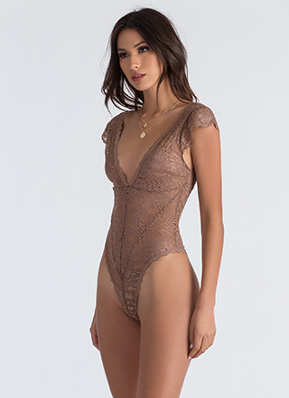 Feeling Floral Lace Thong Bodysuit