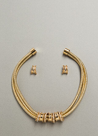 The Right Cords Jeweled Necklace Set