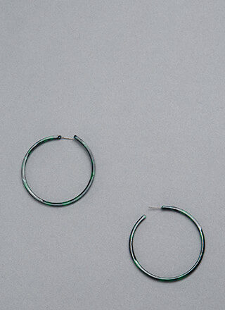 Win The Race Faux Tortoise Hoops