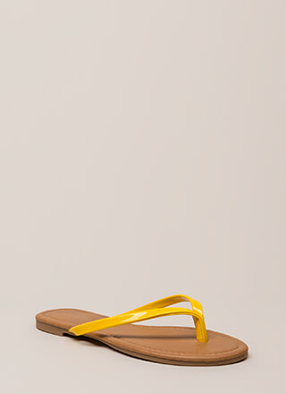 b892d3bfe37220 Everyday Wear Faux Patent Thong Sandals