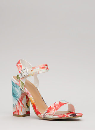 Top Influencer Floral Chunky Heels