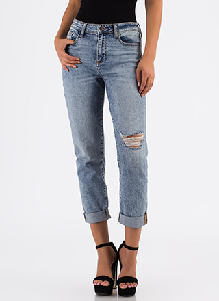 Just Relax Distressed Boyfriend Jeans