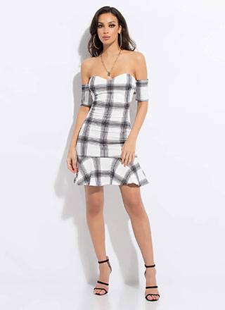 Grid Reviews Plaid Off-Shoulder Dress
