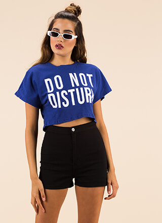 Do Not Disturb Graphic Crop Top