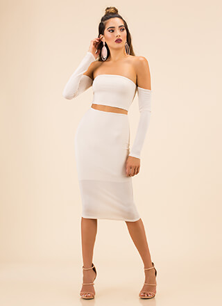 Good Skin Off-Shoulder Top And Skirt Set