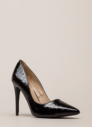 Point Blank Range Faux Crocodile Pumps