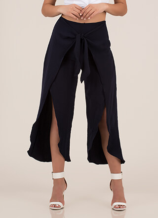 Light As Air Cropped Tie-Front Pants
