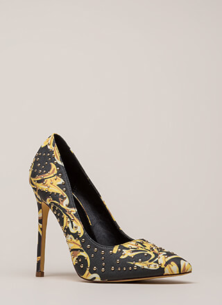 Stud Search Pointy Baroque Pumps
