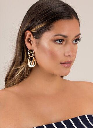 Bib Deal Shiny Linked Ring Earrings