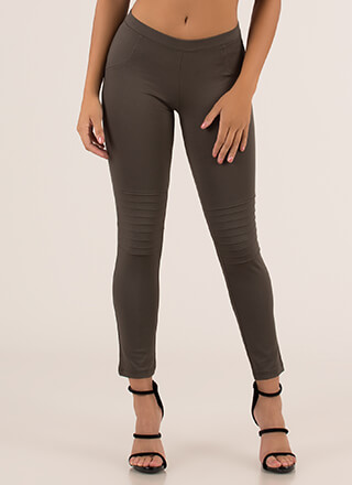 You're A Good Sport Pleated Leggings