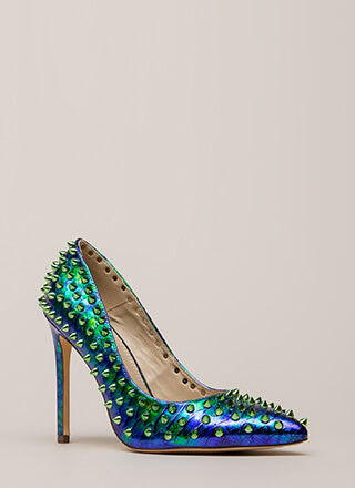 Spike Your Pose Scaled Studded Pumps