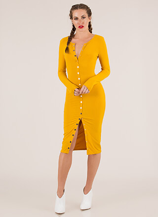 Snap Happy Button-Front Midi Dress