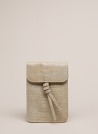 Play The Scales Flat Knotted Mini Clutch