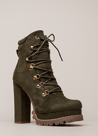 098853da5d0 Werk-Related Chunky Platform Booties