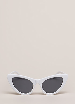 A Flare For Cat Eye Sunglasses