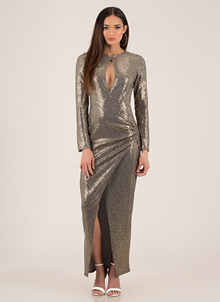 Sparkly Entrance Draped Metallic Gown