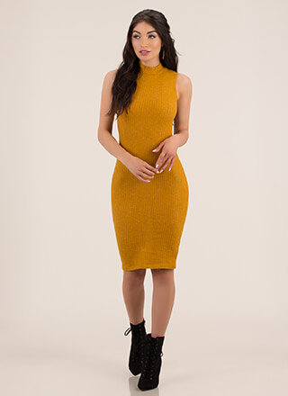 It's Fuzzy Ribbed Mockneck Midi Dress