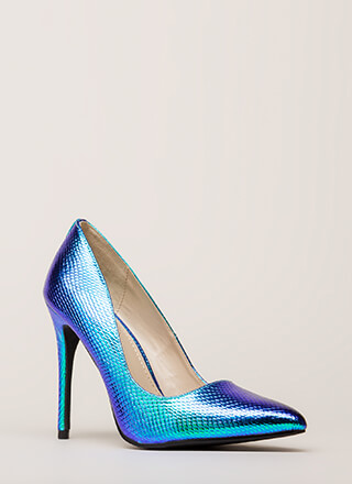 Drawn To Scale Pointy Reptile Pumps