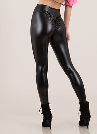 Back Side Ruched Faux Leather Leggings