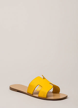 At The Cabana Cut-Out Slide Sandals