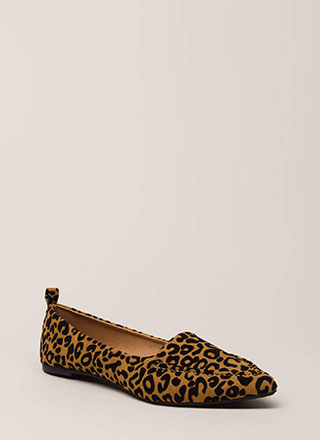 05d97279a8f Lady Leopard Pointy Faux Suede Flats