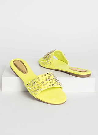 Studs Wearing Spikes Slide Sandals