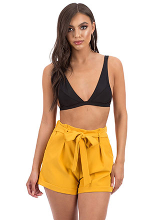 Cute Look Pleated Tie-Front Shorts