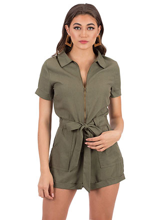 Right Collar Tied Zip-Front Romper