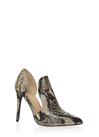 Cut-Out For This Pointy Faux Snake Heels