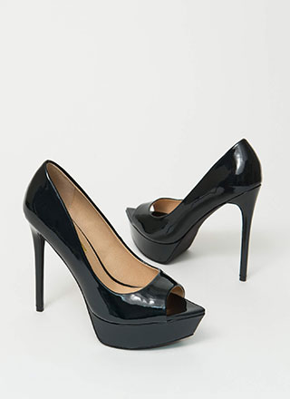 Make My Point Peep-Toe Platform Pumps
