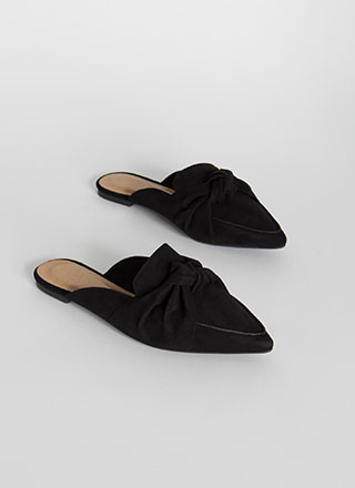 Believe It Or Knot Pointy Mule Flats