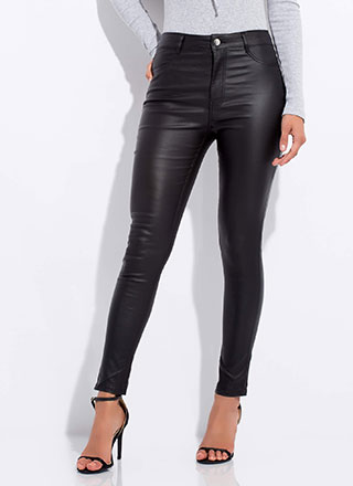 A Good Fit Faux Leather Skinny Pants