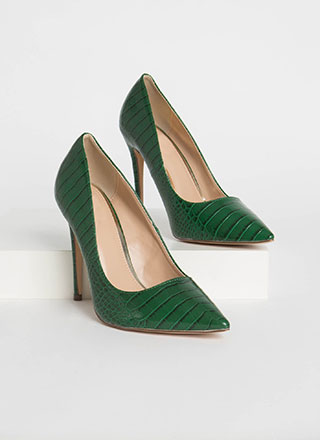 Prey For Me Pointy Faux Crocodile Pumps