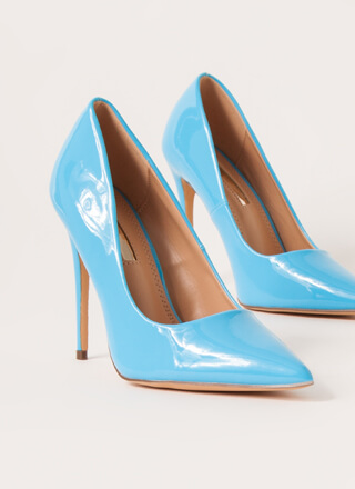 Hide And Sleek Pointy Faux Patent Pumps