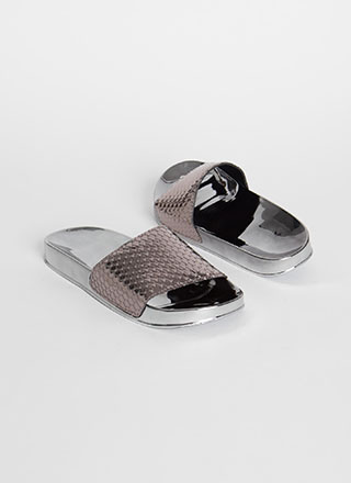 Go Fish Scaled Super Shiny Slide Sandals