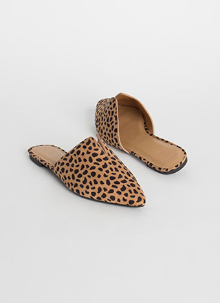 Notch Above Pointy Cheetah Mule Flats