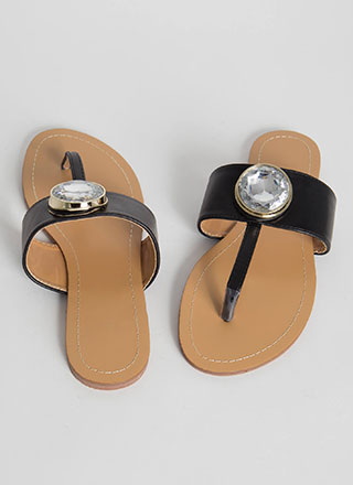 Gem Class Faux Leather T-Strap Sandals