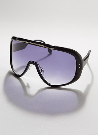 Shield With A Kiss Matte Sunglasses