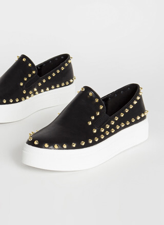 Distance Spiky Studded Platform Sneakers